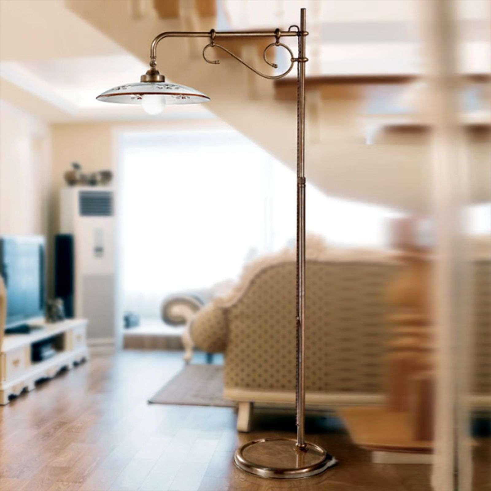 Stojací lampa Bassano s ramenem