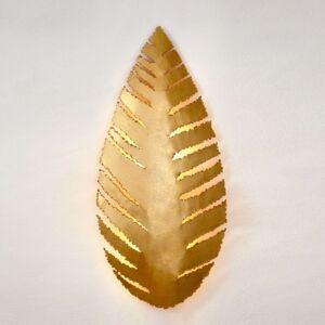 Nástěnné světlo Pietro list se zlatým povrchem